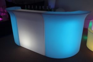 Glow Led Straight Bar With 2 Corners 9ft 2